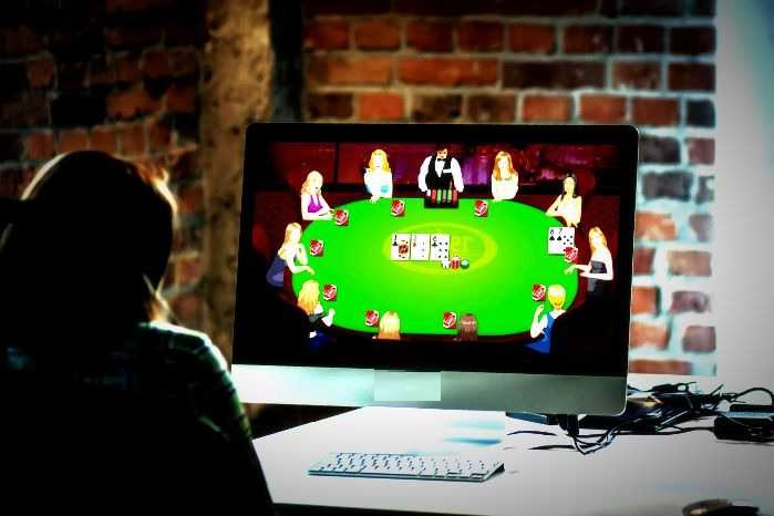 Online Poker -Be Entertained & Win The Jackpots